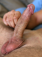 Mikey jacking off dick, Added: 2012-09-15 by Squirtz