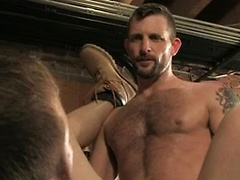 Hot guys fucking in the garage, Added: 2013-11-06 by Raging Stallion